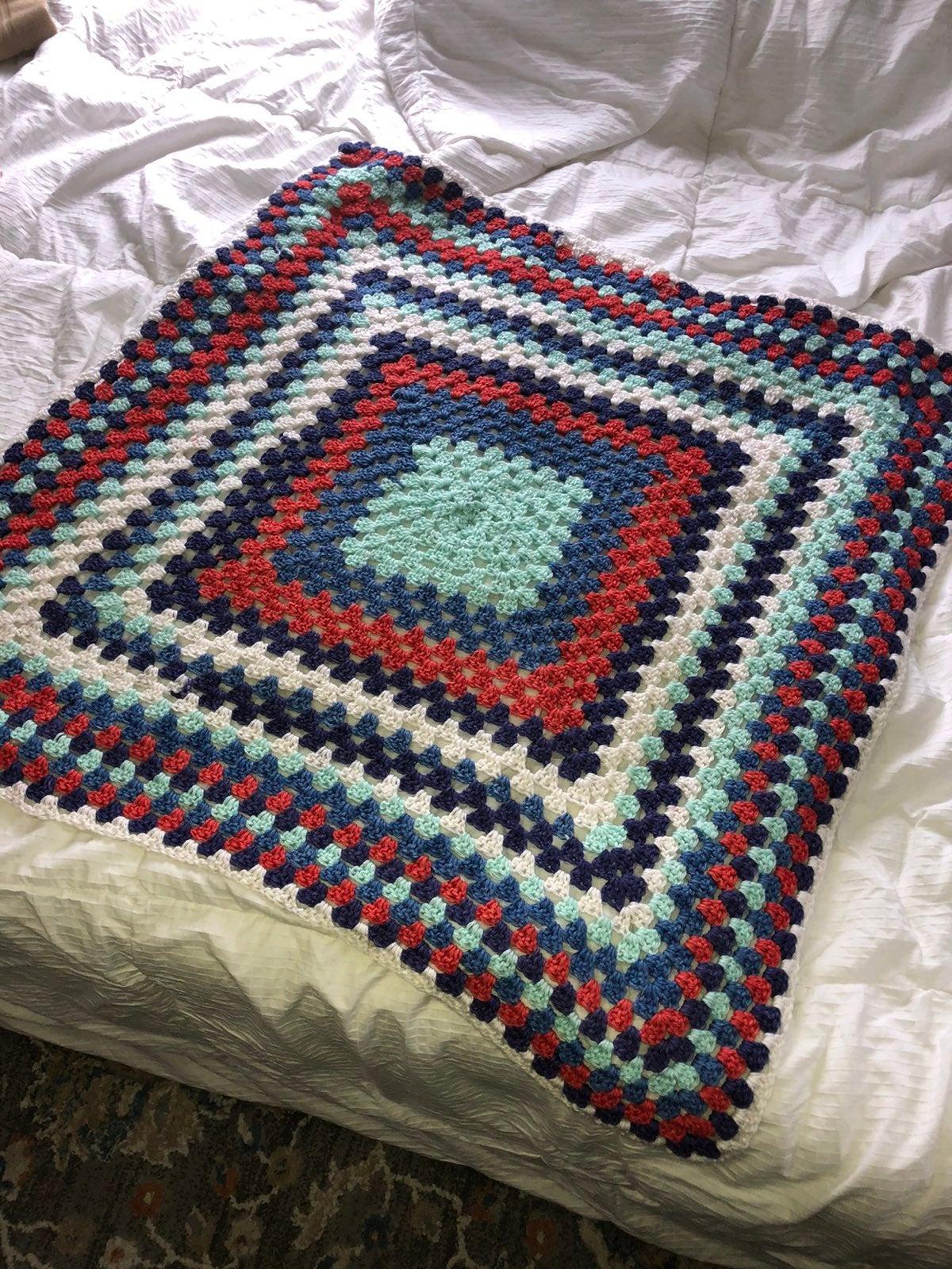 Knit/crochet blanket