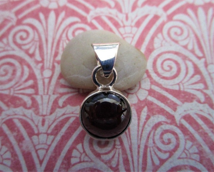 Garnet Stone Pendant Taxco Silver 925