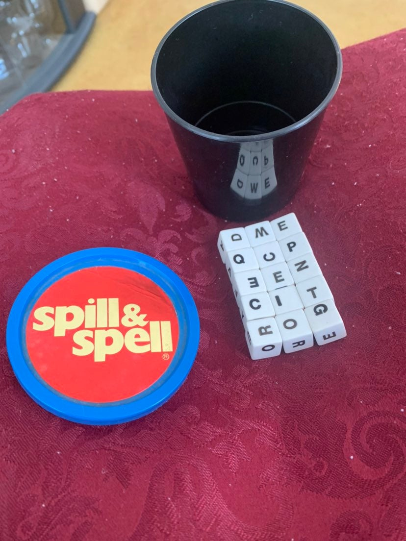 Vintage Spill & Spell Dice Learning game