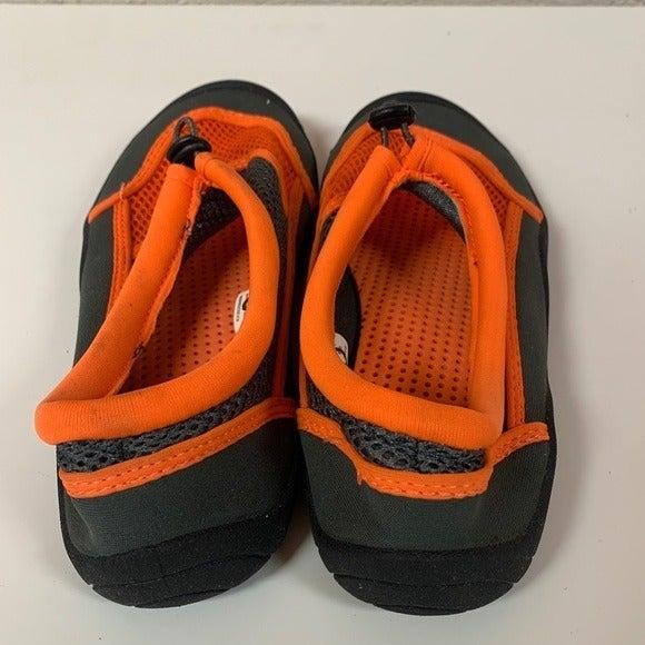 Water shoes women size 7.5 orange