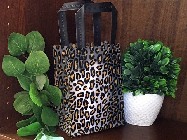20 LEOPARD ANIMAL frosted gift bags tote