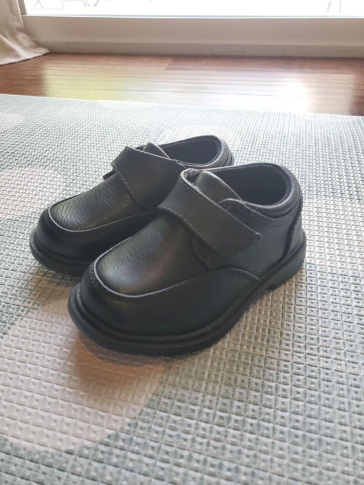 Max + Jake Size 5 Baby Black Dress Shoes