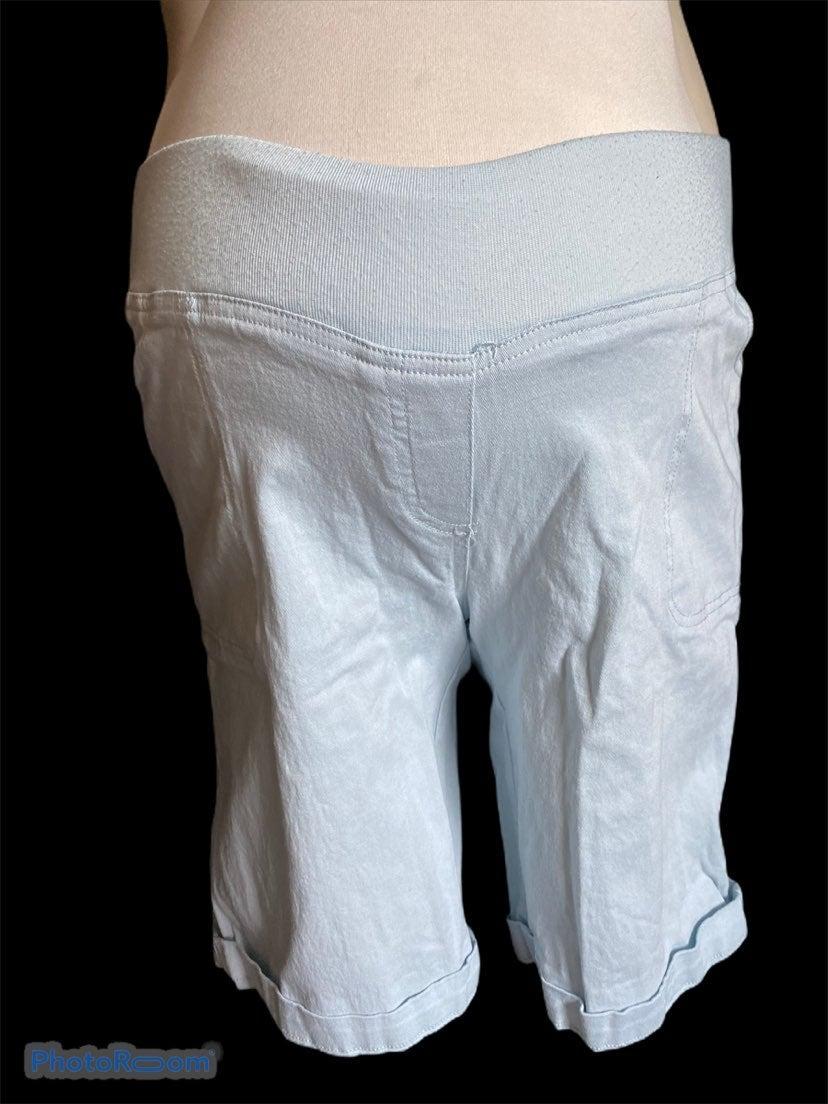 Maternity shorts light blue L