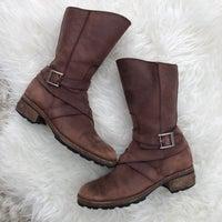 595e90ca252 Boho Rustic Rare Ugg Boots