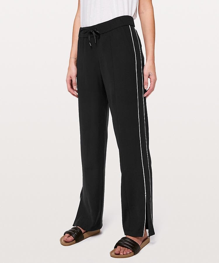 NWT Lululemon On the Right Track Pant