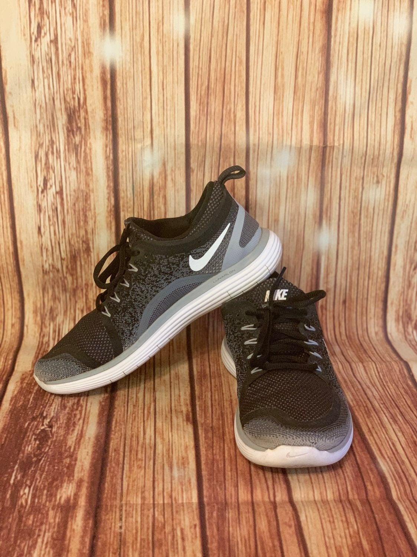 Nike Free RN Distance 2 Women's Size 9 B