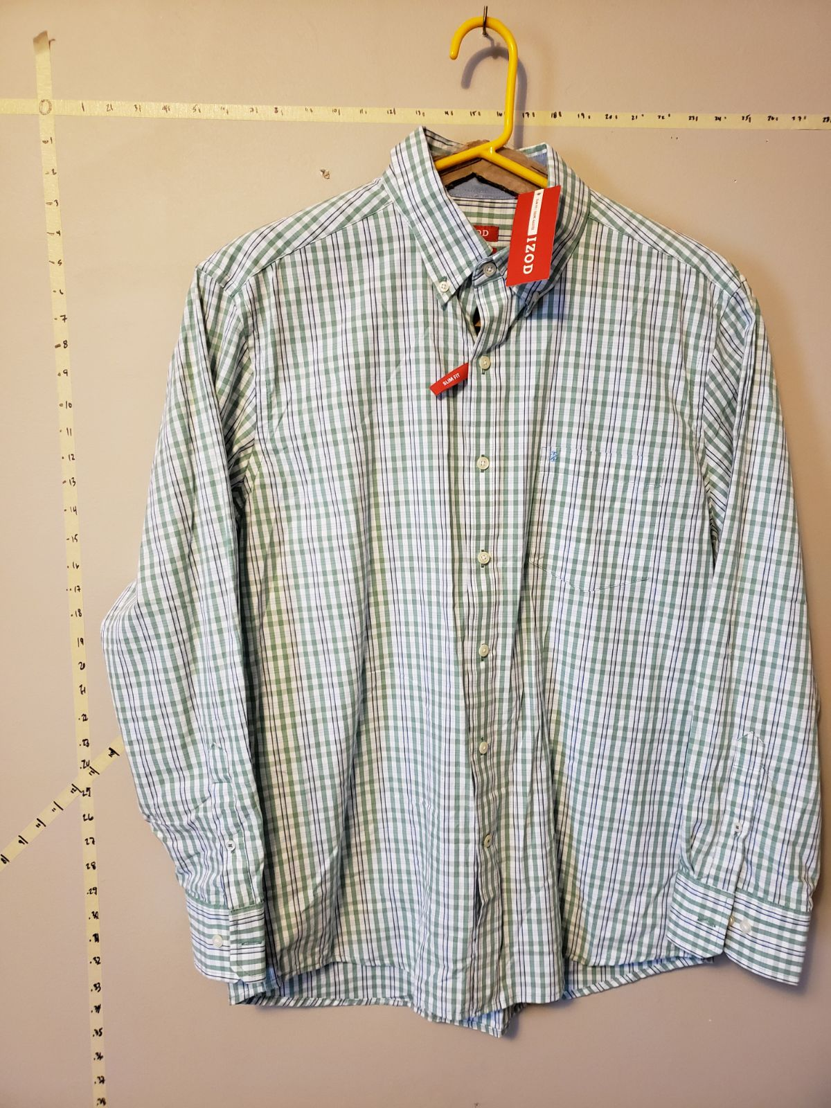New w/ Tags IZOD Mens Button Up
