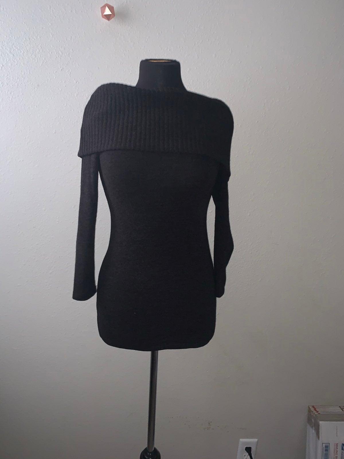 Pinkblush sweater. Size S