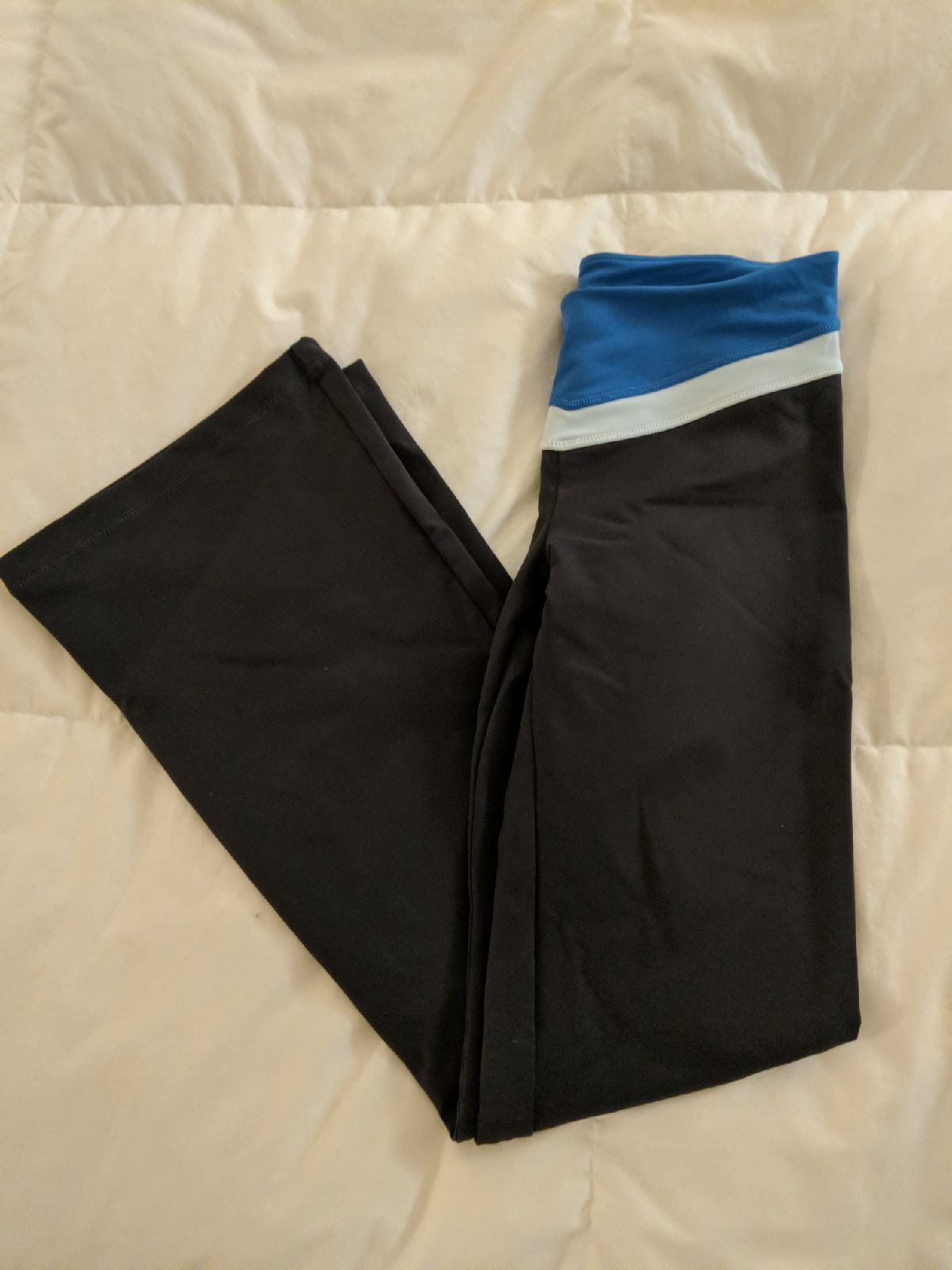Victoria's Secret VSX flare yoga pants