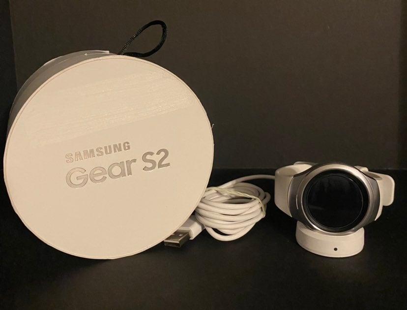 Samsung Gear S2 white watch