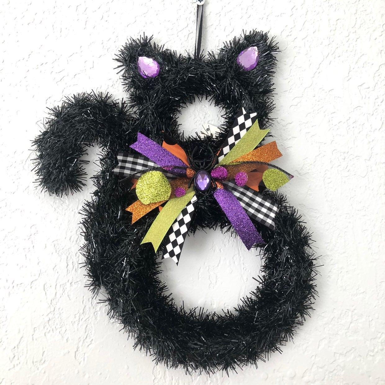 Halloween Black Cat Tinsel Bow Wreath