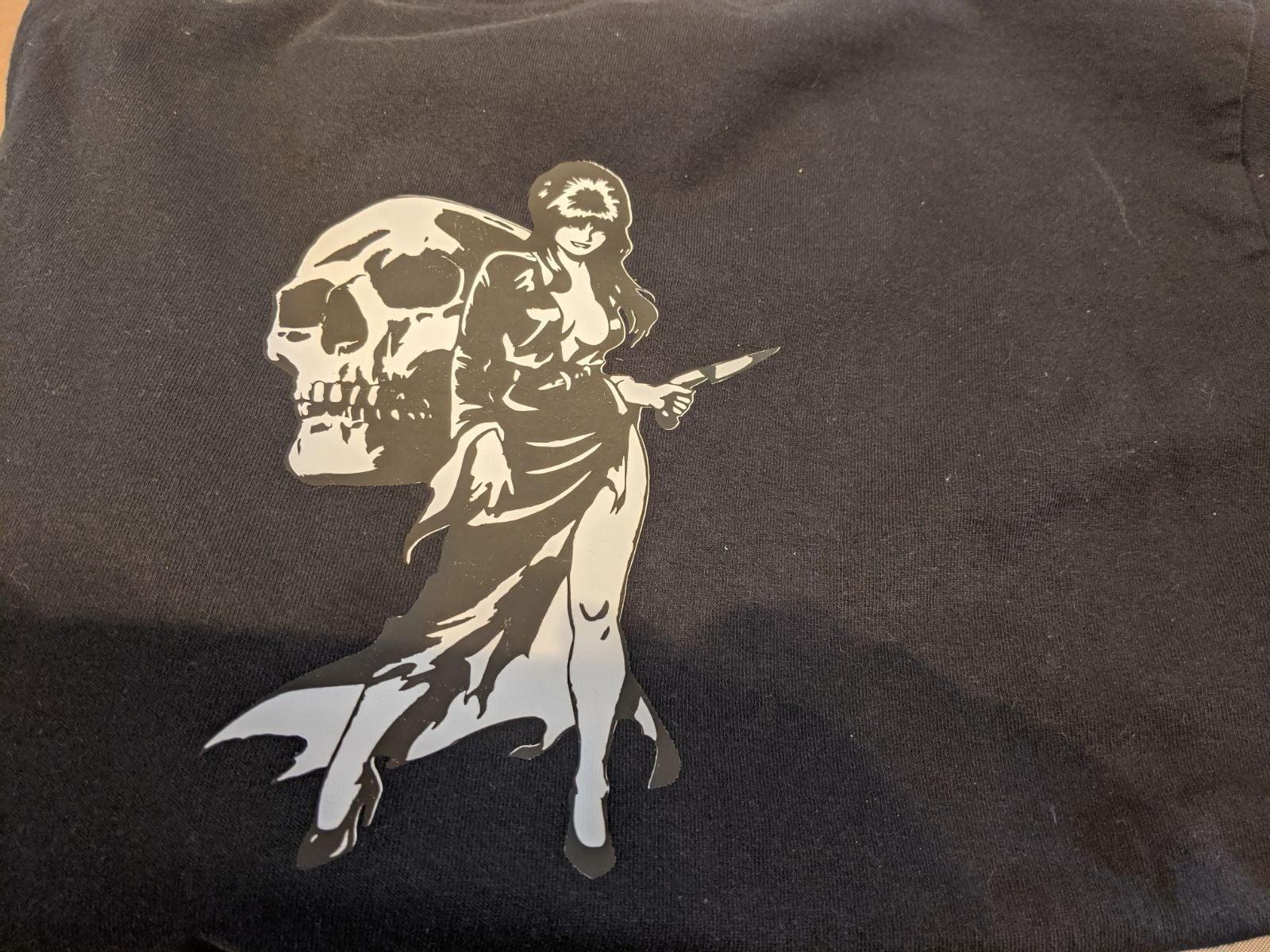 Elvira with skull t-shirt
