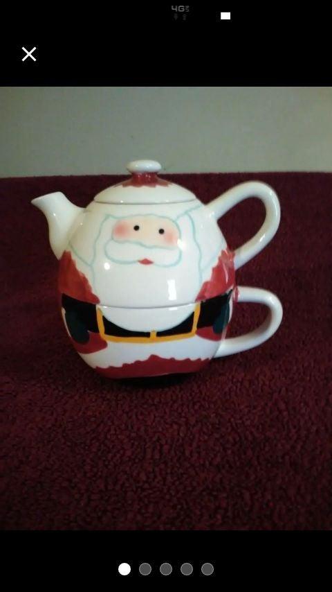 Santa Claus tea for one