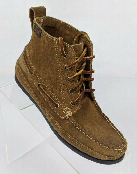 G.H. Bass & Co. Chukka Suede Booties 6M