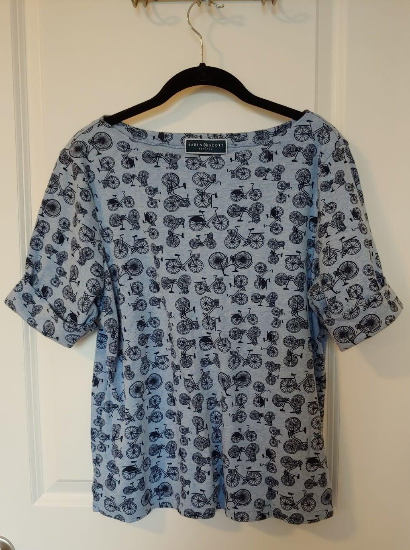 Karen Scott T shirt