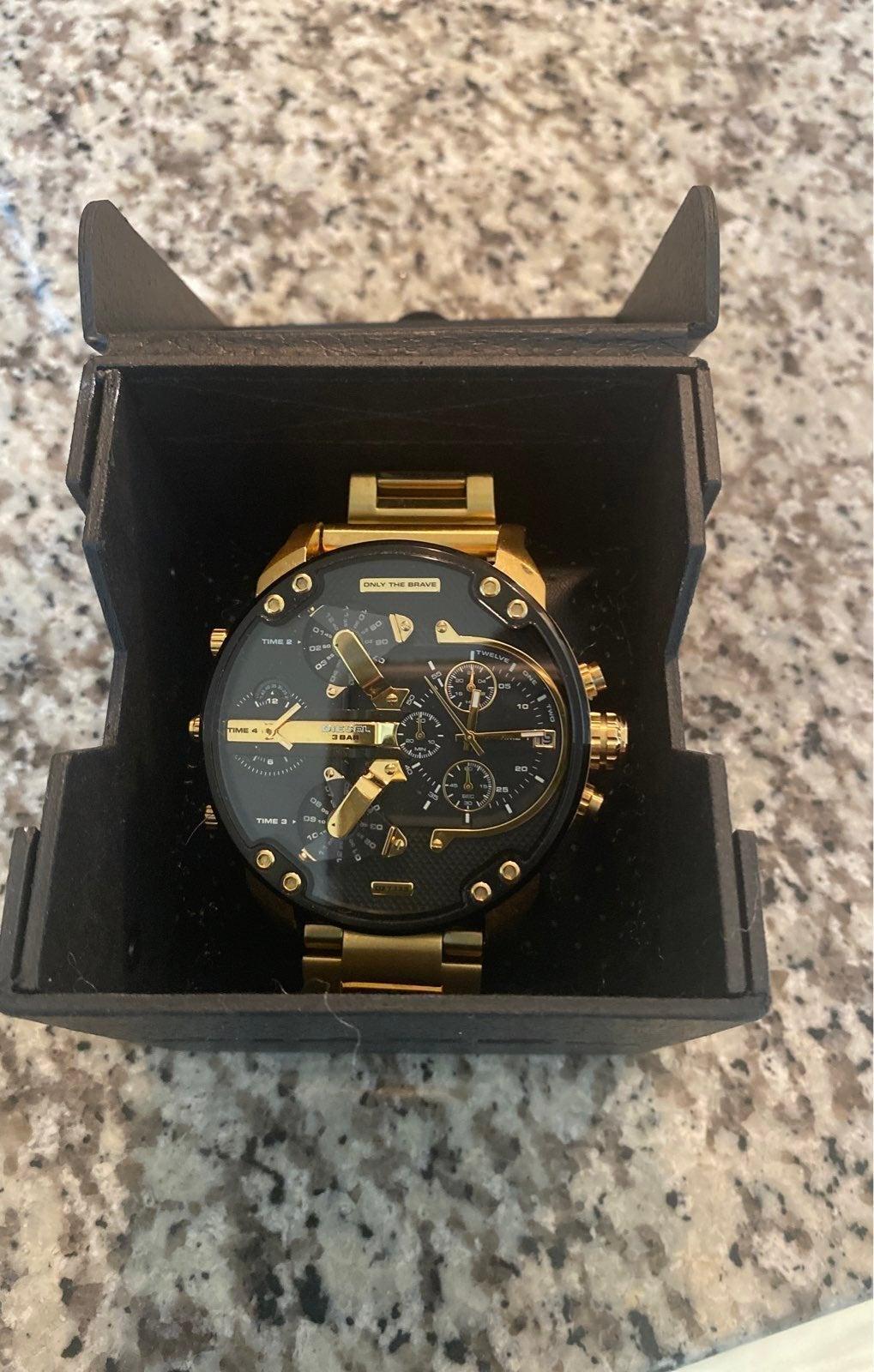 Diesel watch - black and gold