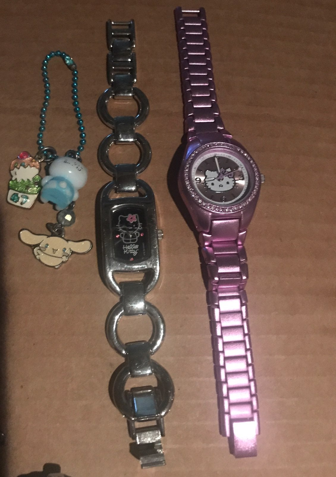 Hello kitty watches and key chairm