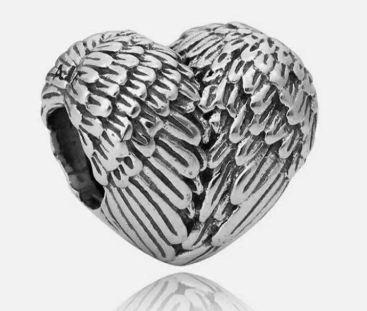 Angel Wings Heart Bracelet Charm set