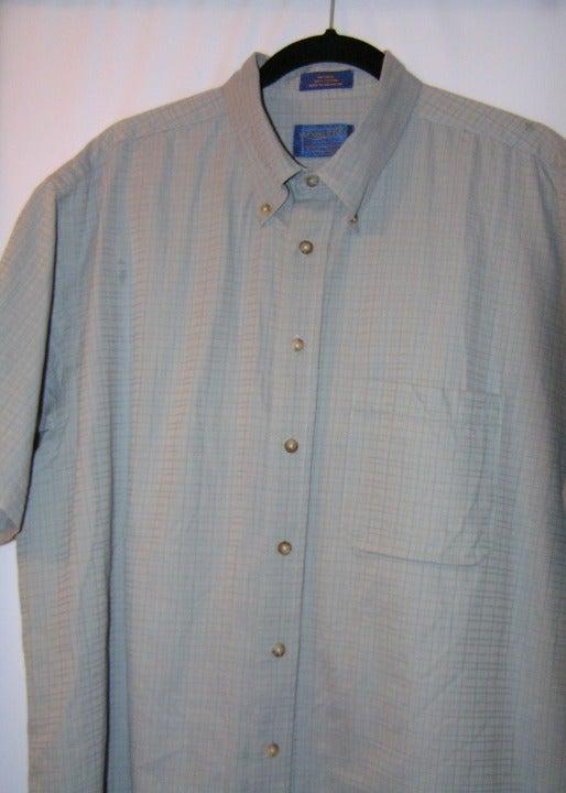Grey Pendleton Men's Short Sleeve Shirt