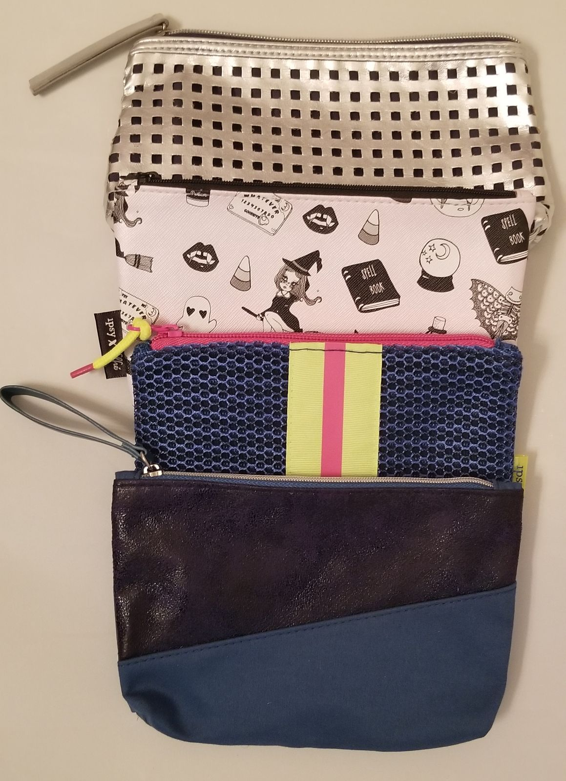 IPSY & ESTEE LAUDER Cosmetic Bag Lot