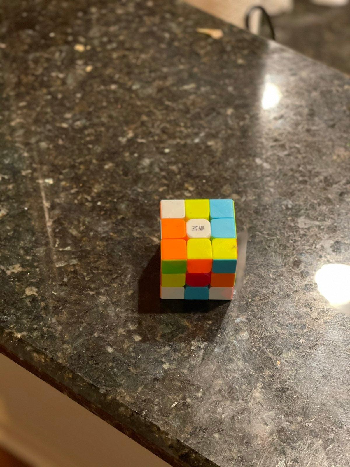 Speed rubiks cube