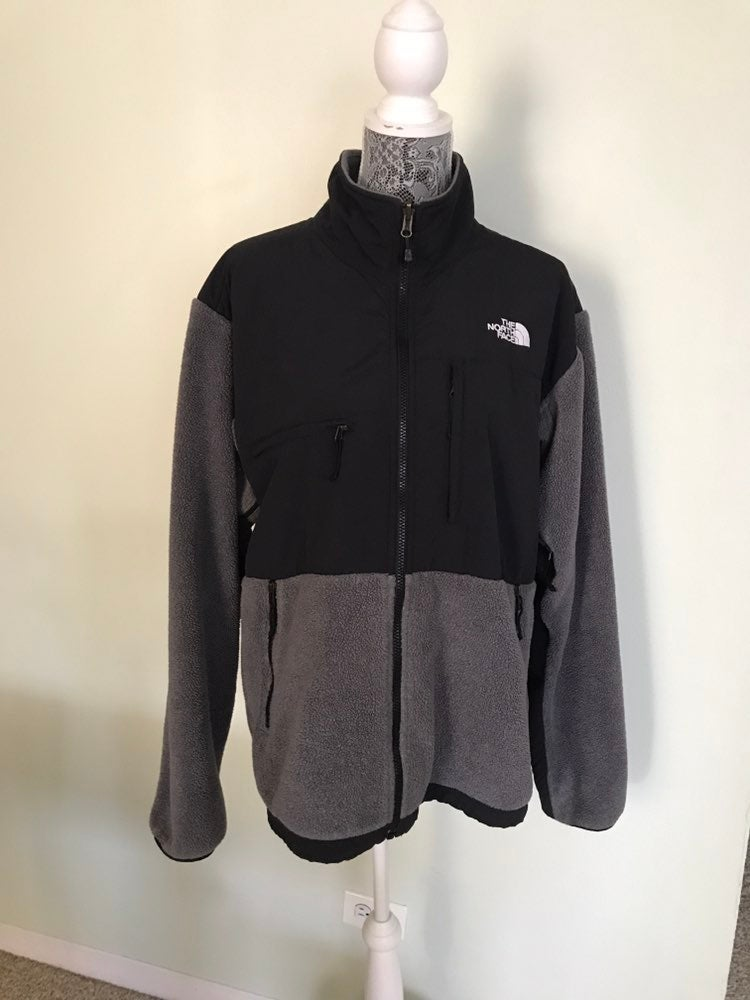 The North Face men's black gray jacket