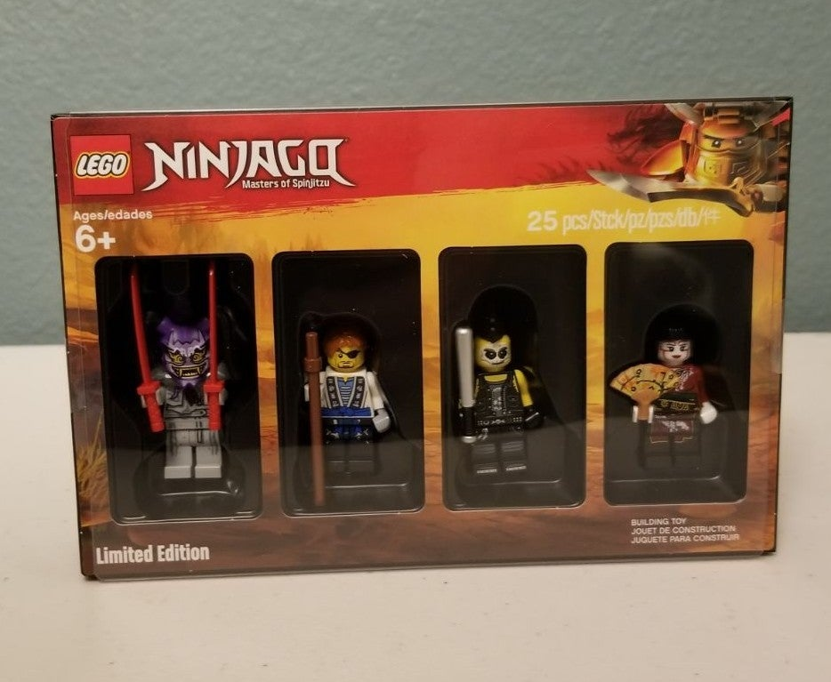 LEGO Ninjago Bricktober Minifig Set