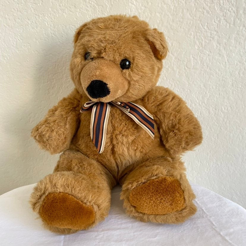 Soft Classic 1995 Brown Teddy Bear Plush
