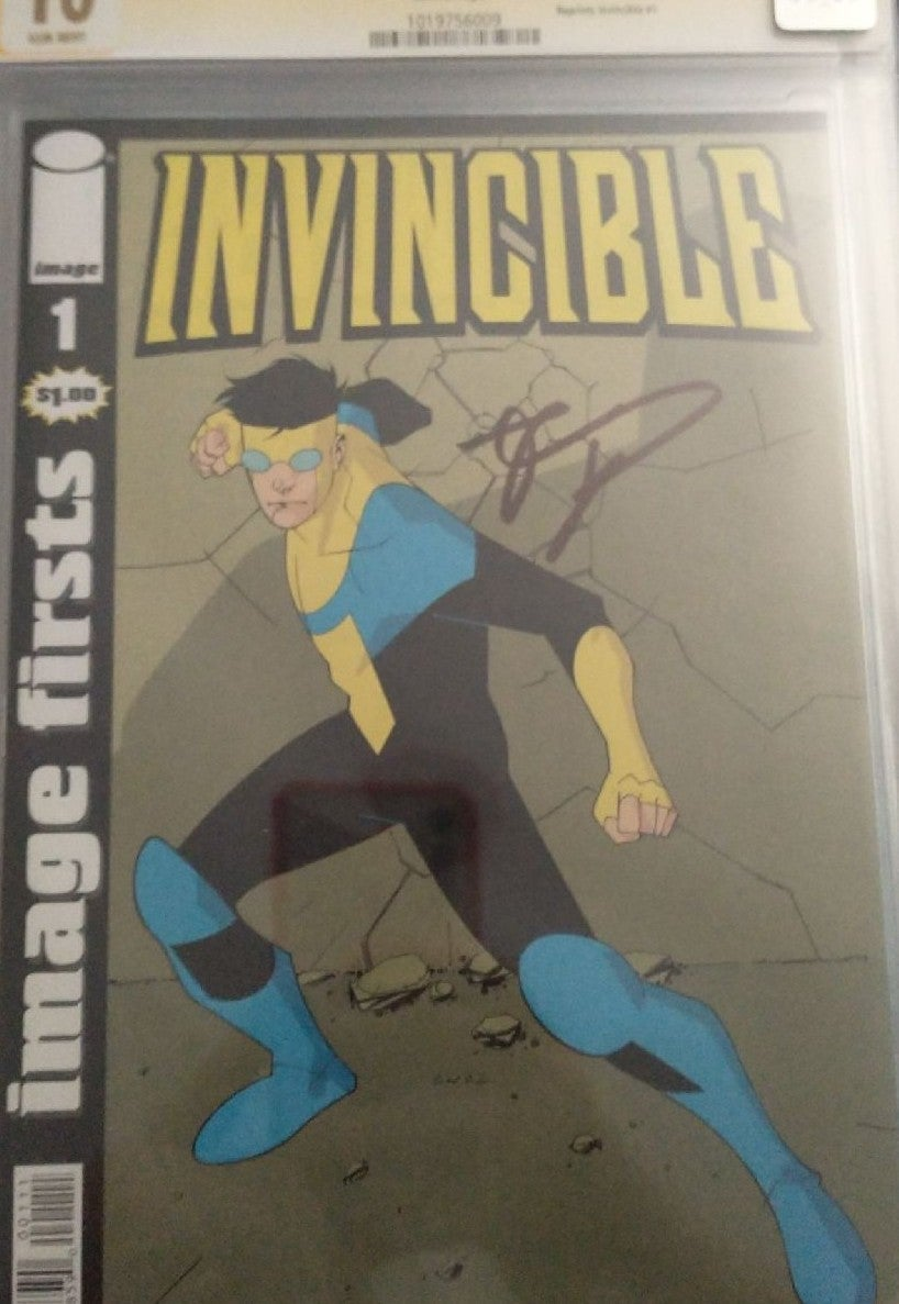 CGC 10 Invincible #1 signed Kirkman Firs