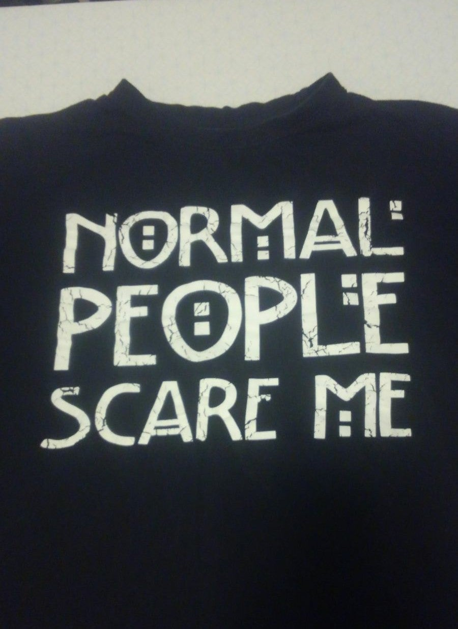 Normal People Scare Me shirt XL Horror