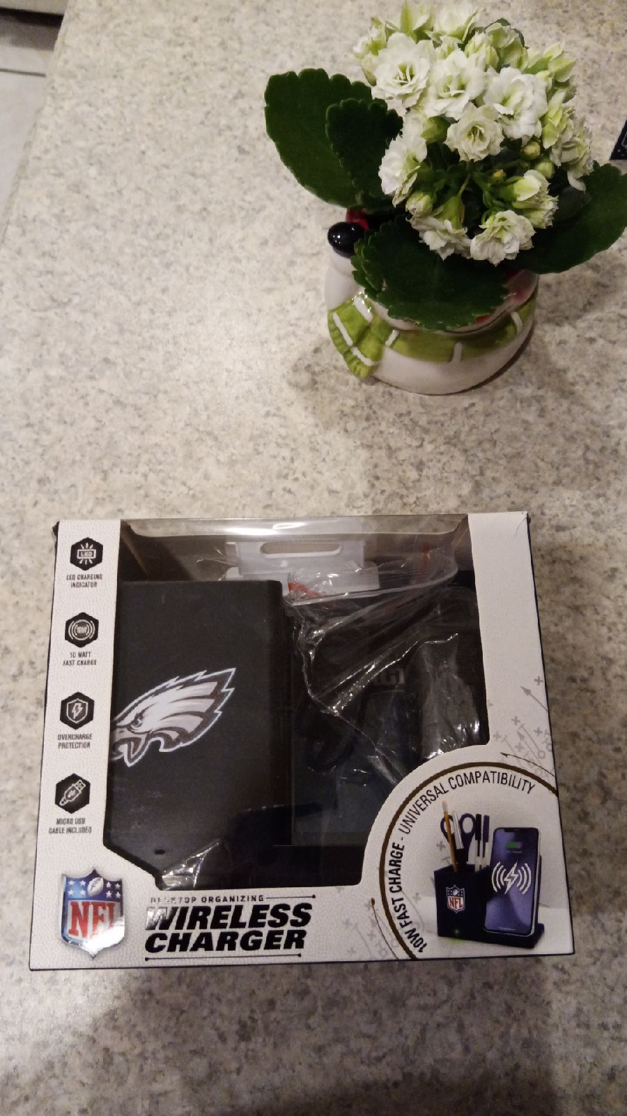 Official NFL wireless charger and deskto