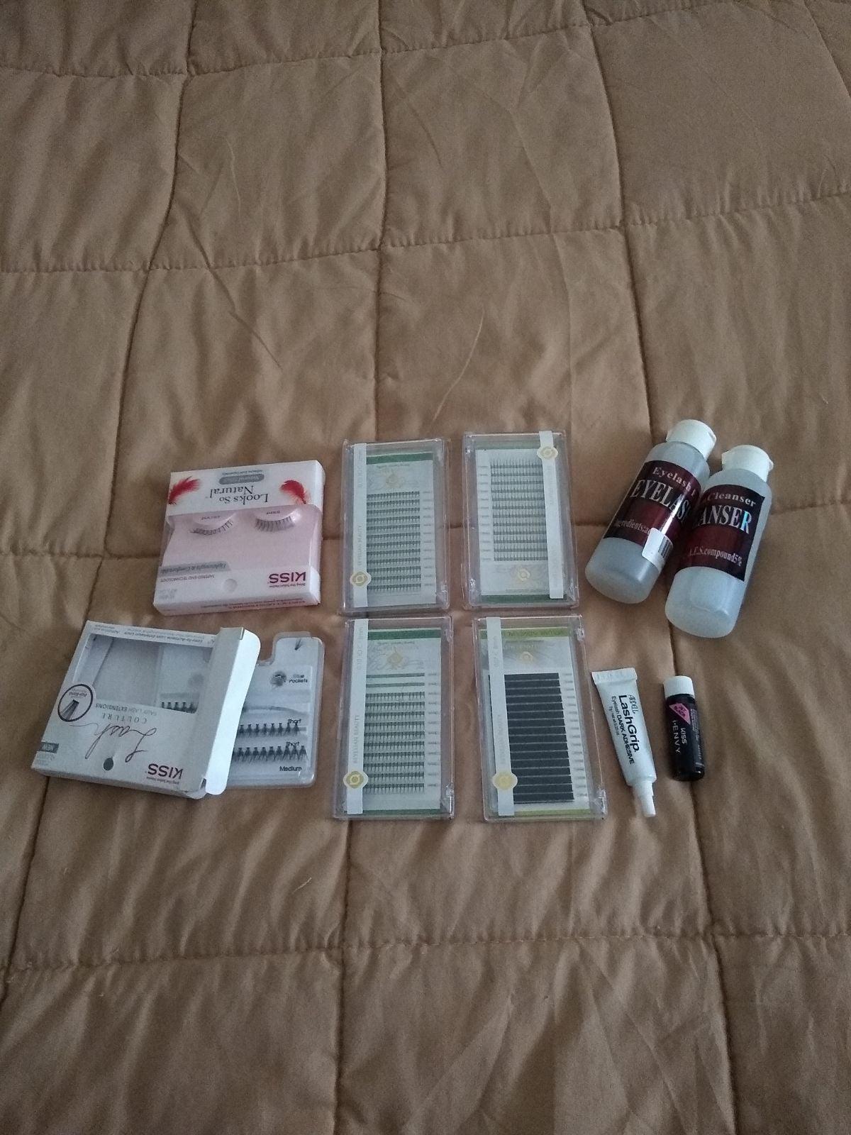 False Eyelash Kit