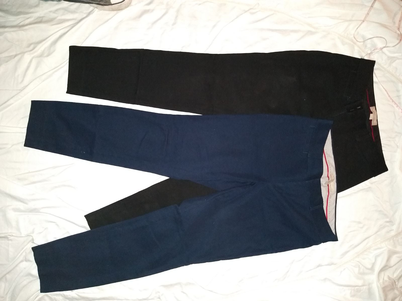 Bundle of 2 Banana Republic sz 2 Pants