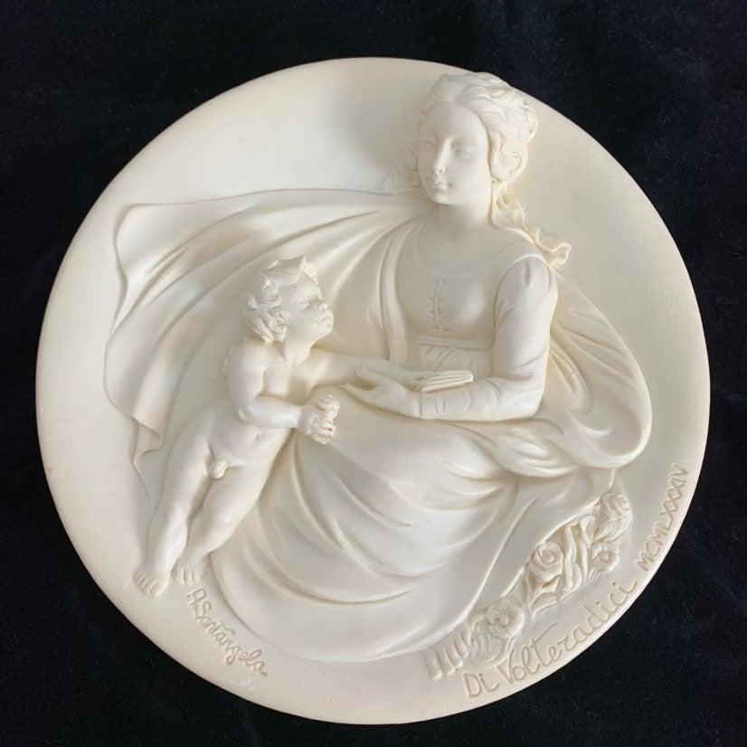 1984 MADONNA TENERA Ivory  Plate