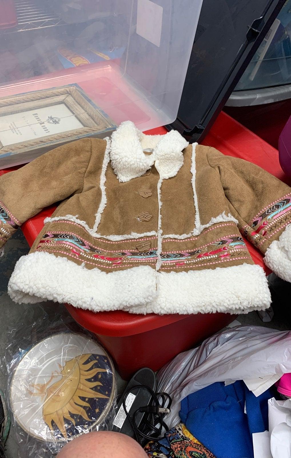 Little Girls Faux Fur Jacket Size 2T