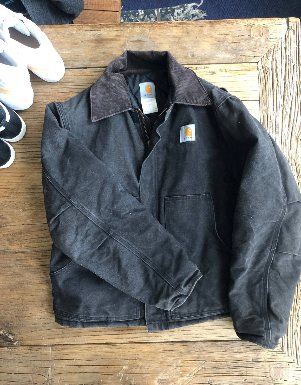 Carhartt jacket size 42 fits S to Med