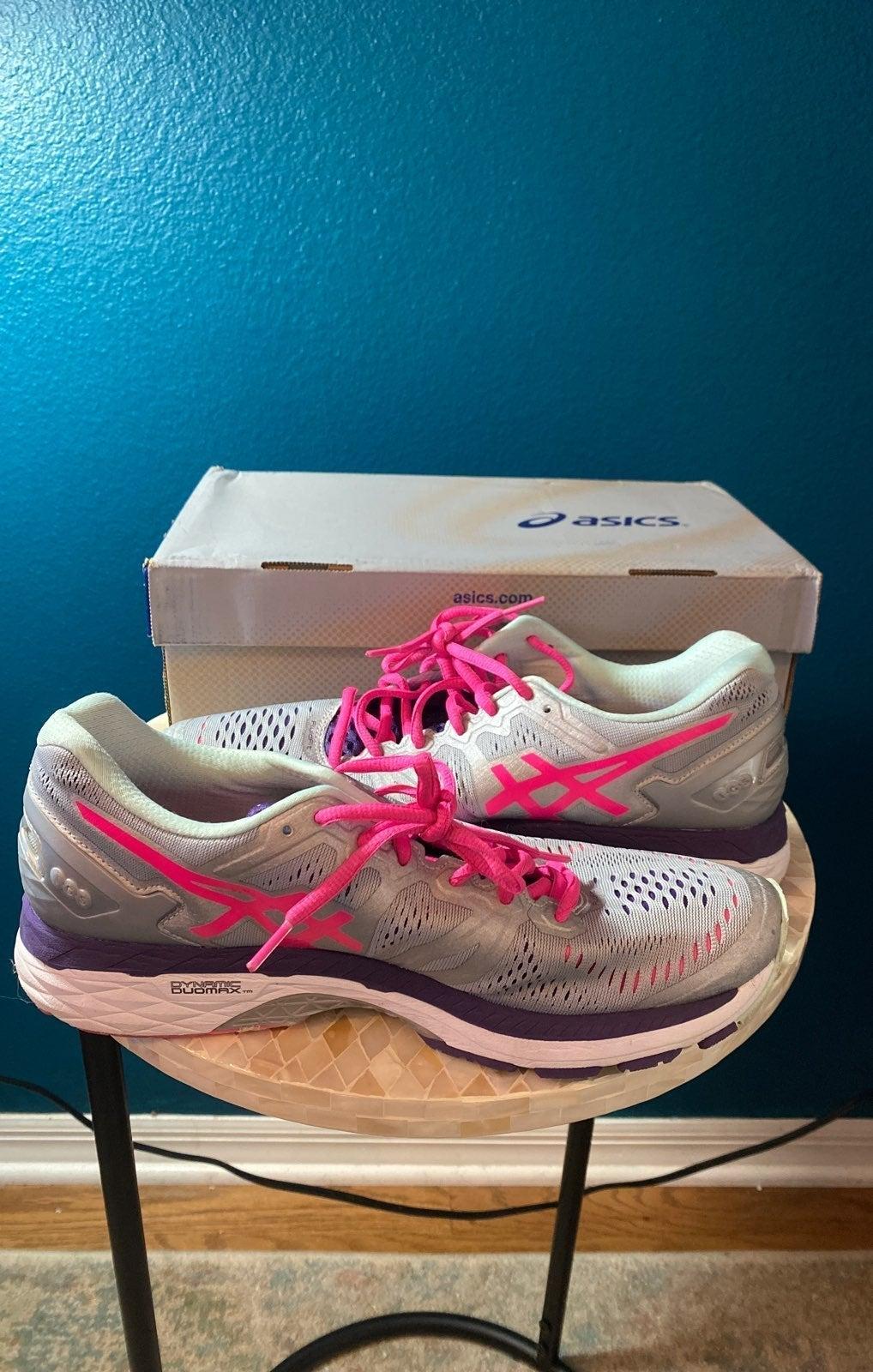 ASICS GEL-Kayano 11 Athletic Shoes