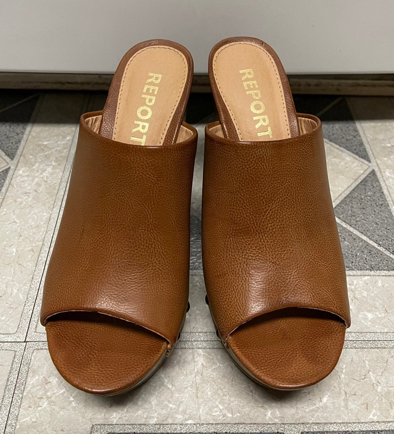 Report Eaden leather sandals/clogs/mules