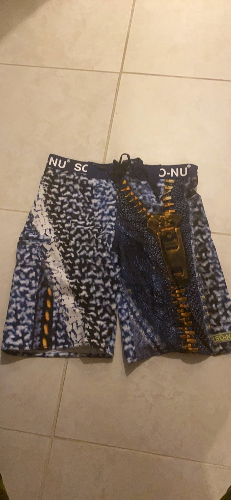 So-nu shorts size xs