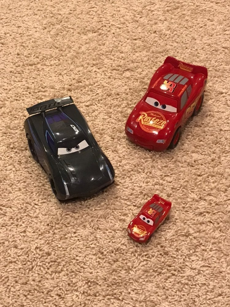 DISNEY/CARS-McQueen & Storm Talking Cars