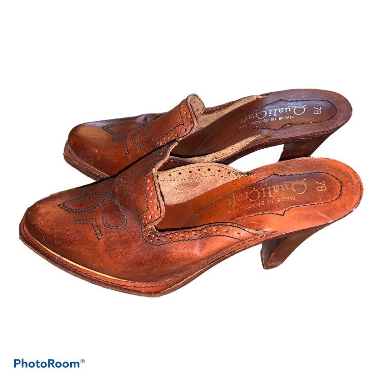 Vintage QualiCraft Leather Mule Clogs