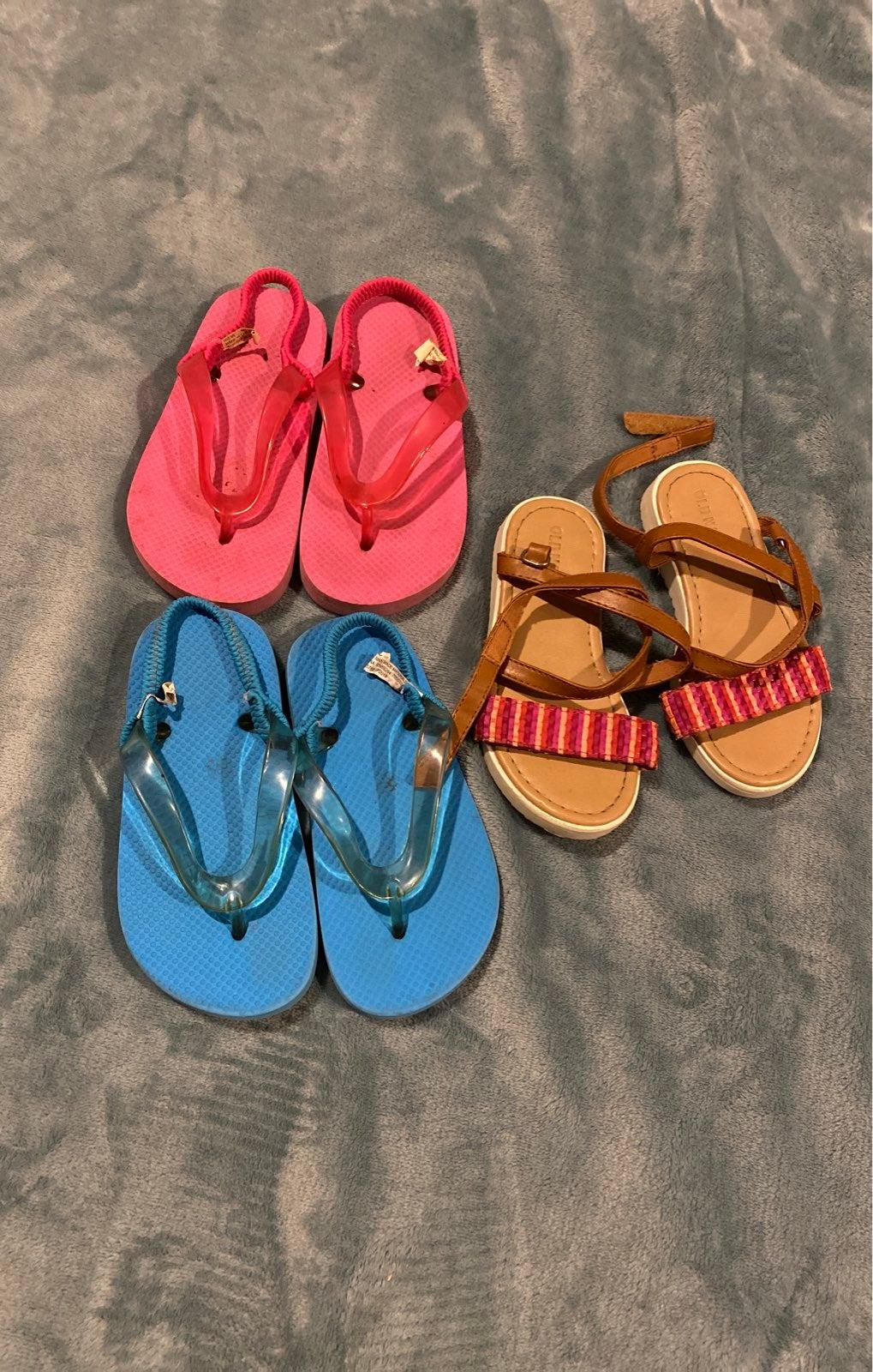 sandals 8/9