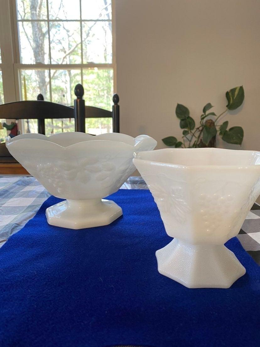 Vintage milk glass set