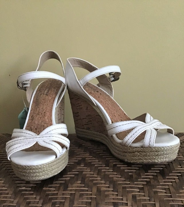 Sonoma white strap wedge sandals - 6.5