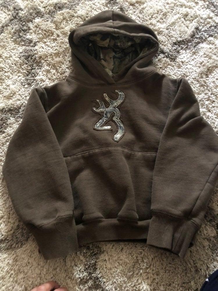 Boys browning sweatshirt size small