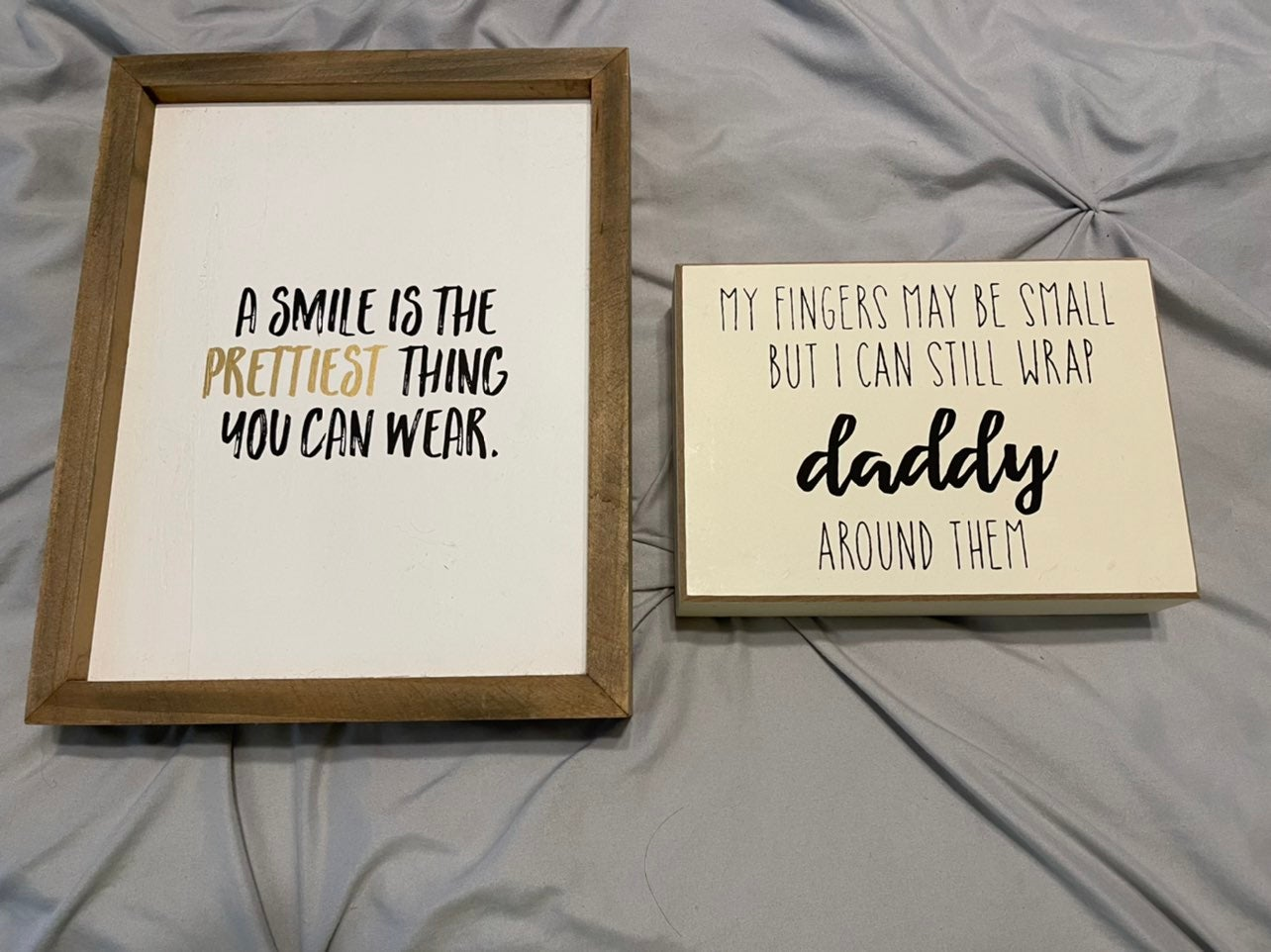 2 signs for a baby or kid's room