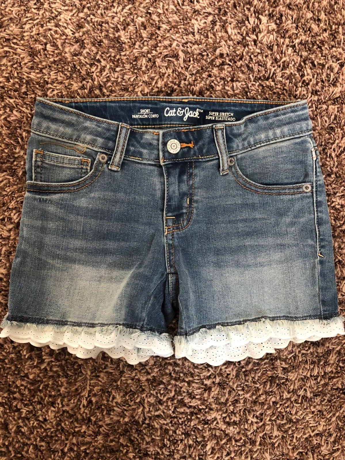 Girls cat & jack jean shorts.