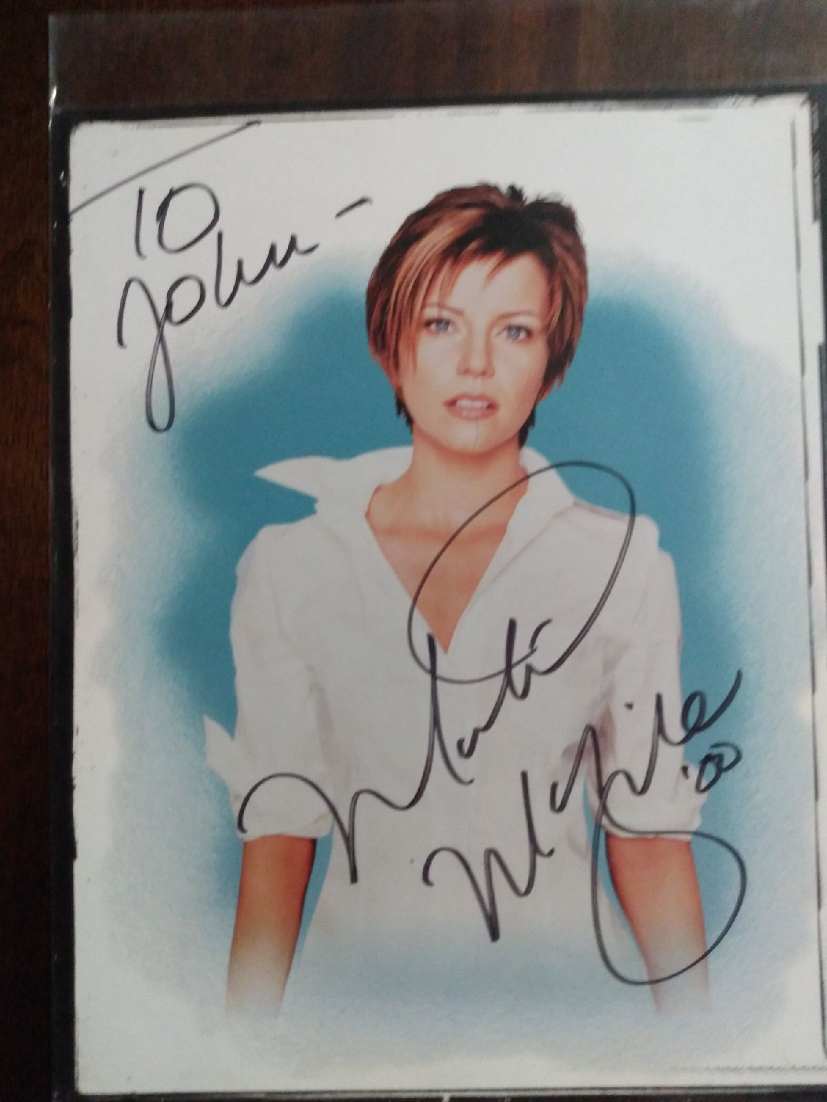 Martina McBride signed photo