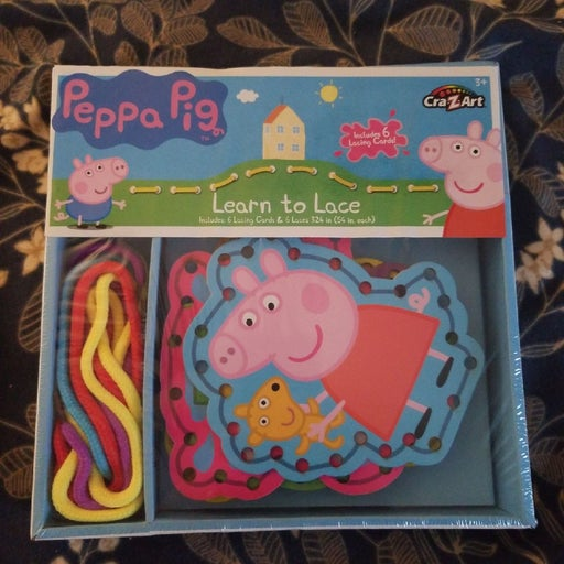 Peppa pig learn to lace kit