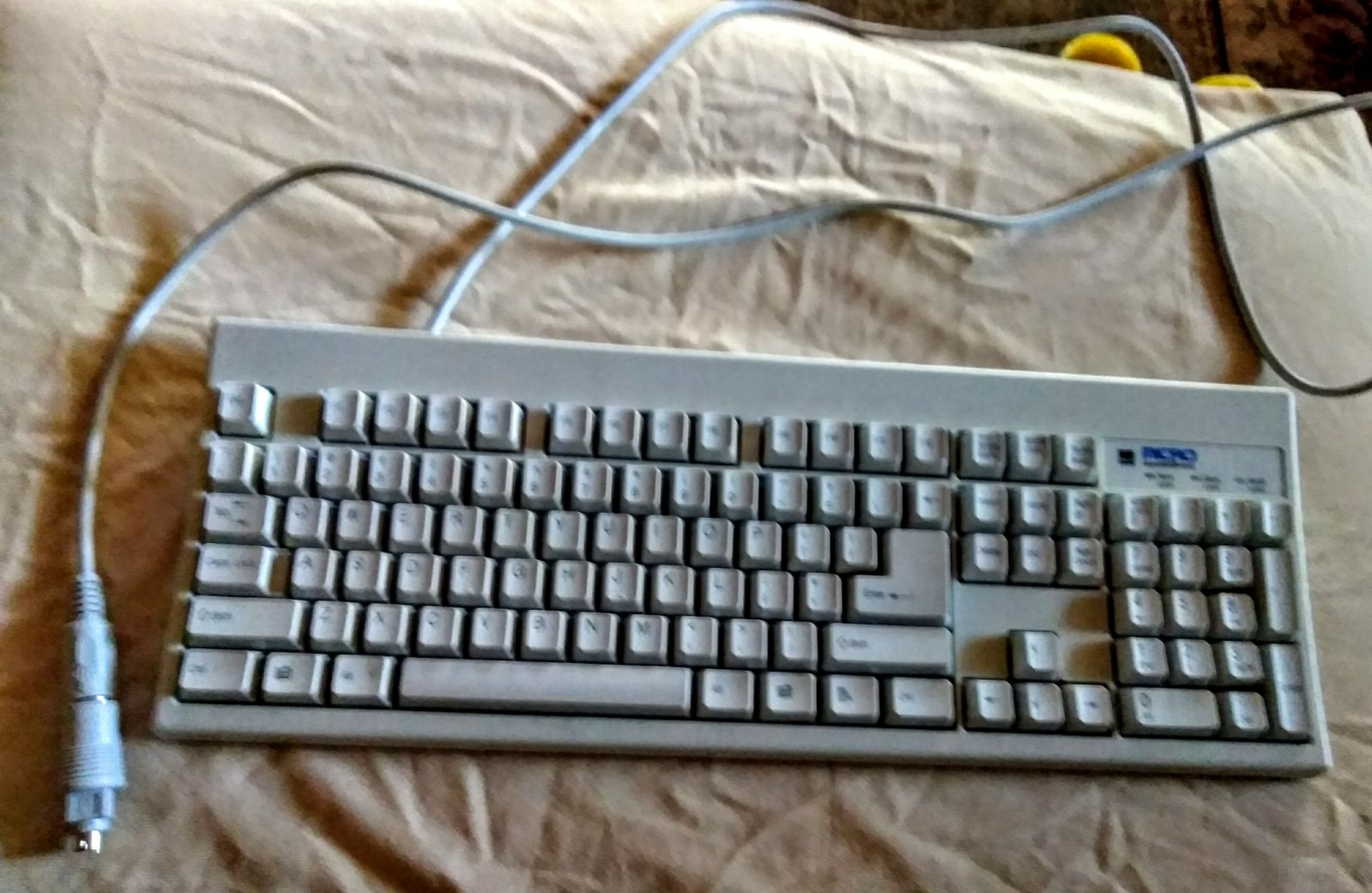 Micro innovations keyboard computer